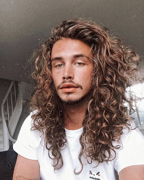 Hairstyle For Curly Hair Male